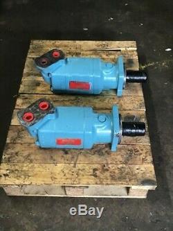 2 Char-Lynn 10000 series hydraulic motors