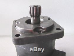 Char Lynn Eaton Hydraulic Drive Motor #114-1105-006
