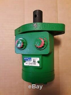 Char Lynn Eaton hydraulic orbit motor 101-1372-009 John Deere AA36916