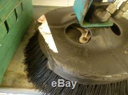 Eaton 130-1354-003 hydraulic motor & front brush X Tennant