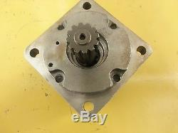Eaton Char-Lynn 6000 Series Hydraulic Motor 114-1137-006 New / Unused