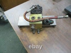 Eaton Char-Lynn Hydraulic Motor 158-400-001 Displacement2.2 Cubic In Per Rev