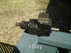 Eaton Char Lynn Hydraulic Torque Generator Power Steering Valve Motor Tractor