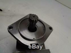 Eaton Hydraulic Drive Motor for Bobcat 192-0007-003 NEW J1