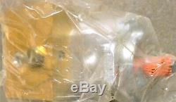 Eaton MCD-7965 Hydraulic Fan Drive Motor With Solenoid Control Block