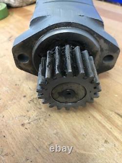Hydraulic Motor fits Eaton Char-lynn 104-1006-006 1041006006 With Fittings & Gear