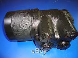 John Deere 844K Loader AT341532 Char-Lynn Eaton Hydraulic Motor 5722 New In Box