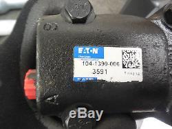 NEW EATON CHAR-LYNN HYDRAULIC MOTOR # 104-1390-006