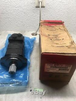 NEW IN BOX! Eaton 104-3679-006 Hydraulic Motor T12913 FAST SHIPPING