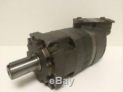 NEW OLD STOCK EATON CHAR-LYNN HYDRAULIC MOTOR 109-1002-004 SHAFT=2.125X1.5