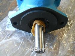 NOS Eaton/Vickers Hydraulic Motor, V20-1S10S1C11, New