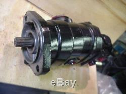 New Eaton 25387-RAL 25387RAL tandem dual hydraulic gear pump tennant sweeper