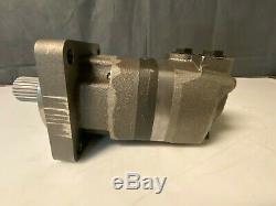 New Eaton Char-lynn 109-1608-006 Hydraulic Motor 2000 Series Standard Mount