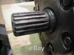 New Genuine Eaton Char-lynn 6000 series hydraulic motor 112-1061 splined