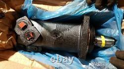 New OEM Eaton Char-Lynn Hydraulic Motor 112-1359-006 / 1121359006 Made in USA
