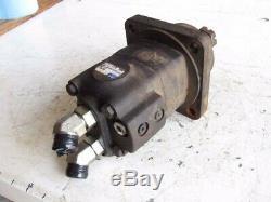 Toro 104-5233 Rear Hydraulic Drive 4WD Wheel Motor 4000D Reelmaster Mower Eaton