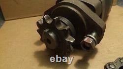 USA Eaton Char-lynn 2000 series hydraulic motor 104-1228-006